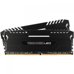 Kit Memorie Corsair Vengeance White LED 32GB DDR4-3000MHz, CL15, Dual Channel